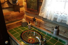 Bathroom-Sink-Homestead-Cabin-1024x576-1